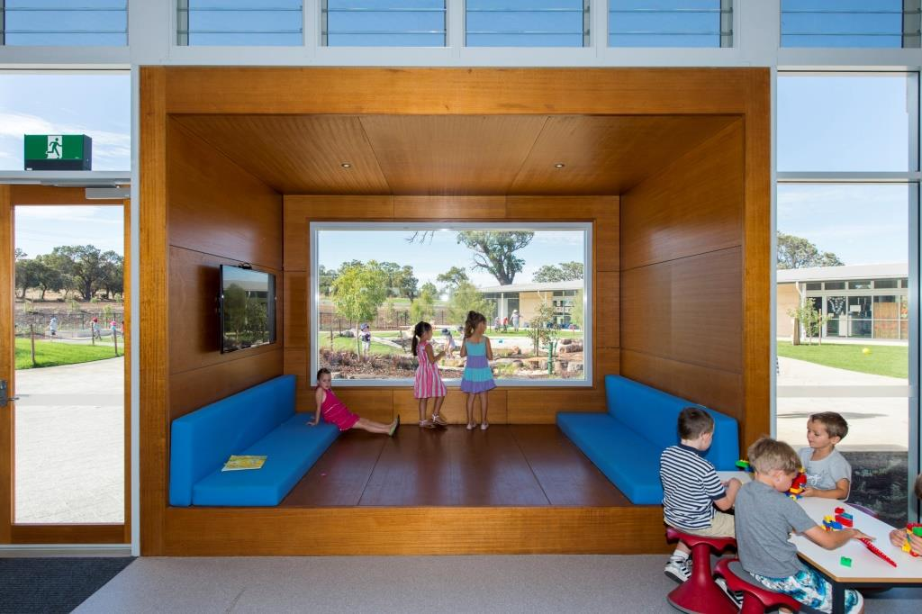 Louvre Windows in Schools Can Improve Your Child's Learning!