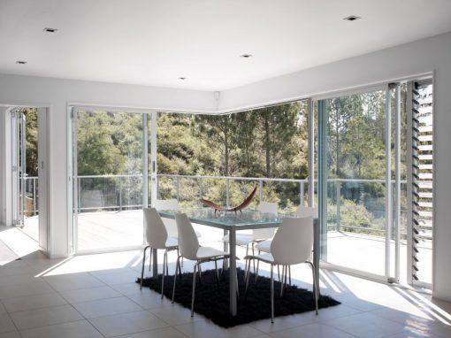 North Shore Home using Louvres to offer Ventilation